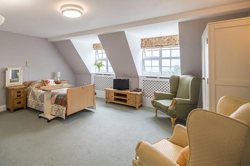 Private suite with ensuite bathroom